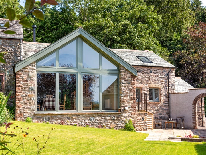 Beck House Barn - a self catering cottage sleeping 2 in Bennet Head, Watermillock by Ullswater in the Lake District